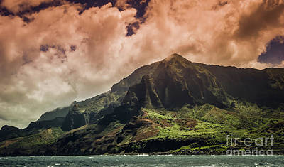 Photograph - Storm Arriving Na Pali Coast by Blake Webster