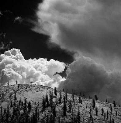Storm Cloud Yosemite 2 Art Print by Bob Neiman