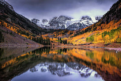 Storm Clouds Over Maroon Bells Print by Andrew Soundarajan