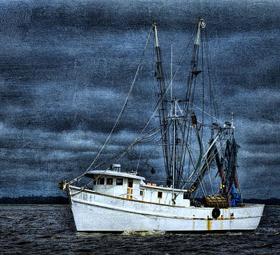 Photograph - Storm Is Coming by Dave Bosse