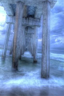 Stormy Pier 1 Art Print by Larry Underwood