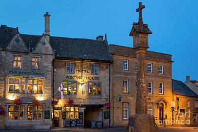 Print featuring the photograph Stow On The Wold - Twilight by Brian Jannsen