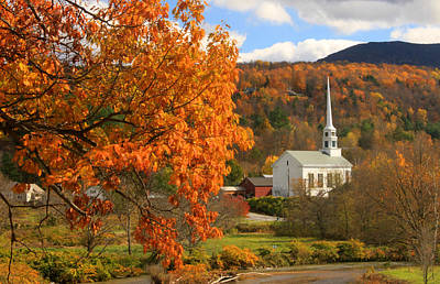 Stowe Vermont In Autumn Art Print by John Burk