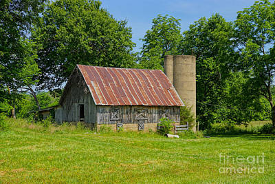 Photograph - Strafford Mo Barn by Jennifer White
