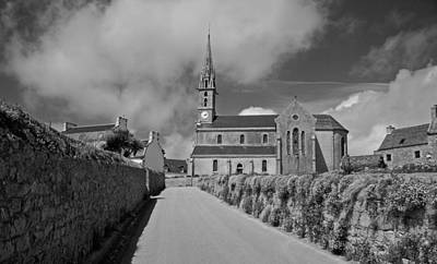 Photograph - Straight To The Church by Eric Tressler