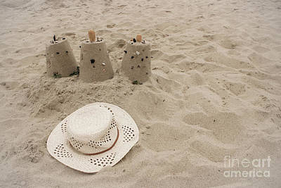 Photograph - Straw Hat On The Beach by Colleen Kammerer
