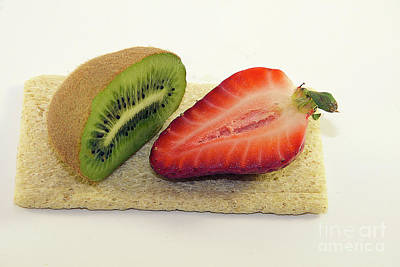 Strawberry And Kiwi Original by Elvira Ladocki