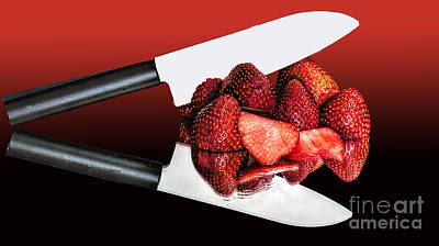 Photograph - Strawberry Snack by Shirley Mangini