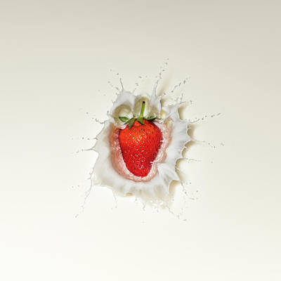 Strawberry Splash In Milk Art Print