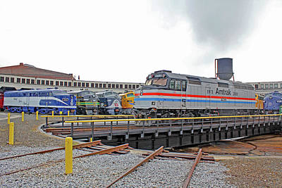 Photograph - Streamliners At Spencer Amtrak 406 Color by Joseph C Hinson Photography