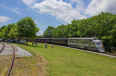 Photograph - Streamliners At Spencer C B Q 9911 Color 20 by Joseph C Hinson Photography