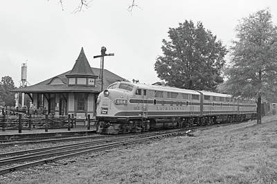 Photograph - Streamliners At Spencer D L L 664 B W 44 by Joseph C Hinson Photography