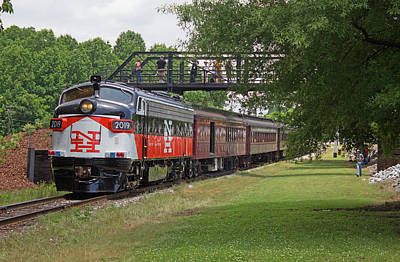 Photograph - Streamliners At Spencer N H 2019 Color 50 by Joseph C Hinson Photography