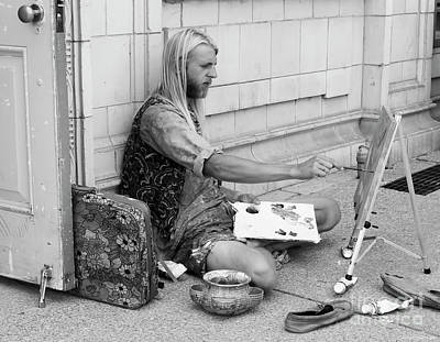 Photograph - Street Artist by Barbara McMahon
