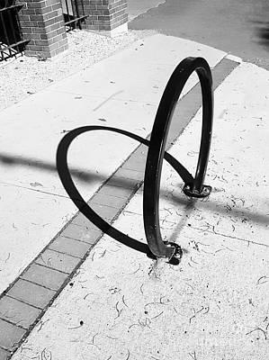 Photograph - Street Heart by Manuel Matas