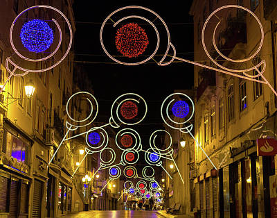 Photograph - Street In Coimbra by Patricia Schaefer