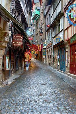 Street Le Mont Saint Michel Art Print