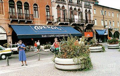 Photograph - Street Scene In Padua, Italy by Merton Allen