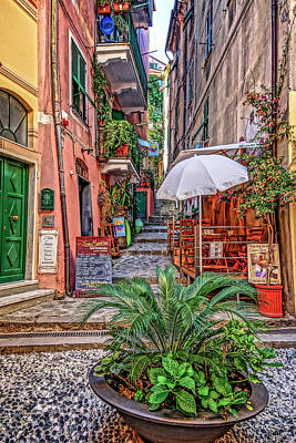 Photograph - Street Scene Monterosso Italy Dsc02470 by Greg Kluempers
