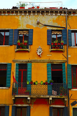 Photograph - Street Scene Venice by Richard Ortolano