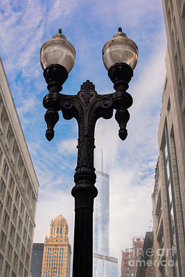 Photograph - Streetlamp In Downtown Chicago, Illinois  by Juli Scalzi