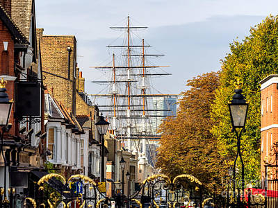 Cutty Sark Photograph - Streets In Greenwich Village London by Frank Bach