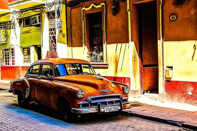 Photograph - Streets Of Havana by Michael Nowotny
