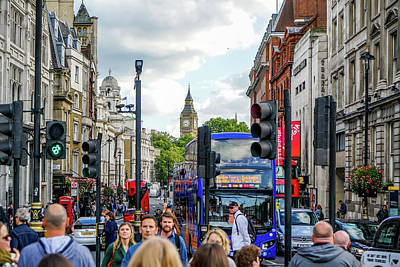 Journey Wall Art - Photograph - Streets Of London by Ric Schafer