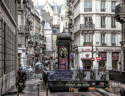 Photograph - Streets Of Paris Hd  by Chuck Kuhn