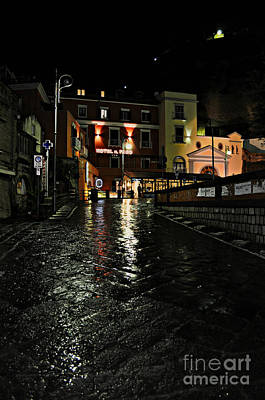 Photograph - Strolling In Sorrento, Italy by Eric Liller