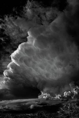 Photograph - Strong Nebraska Thunderstorms 007 by NebraskaSC