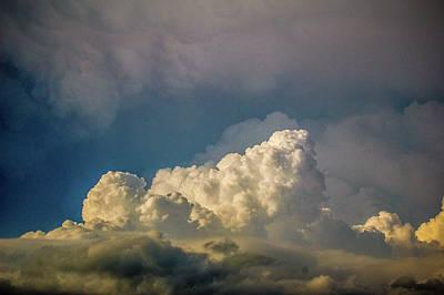 Photograph - Strong Nebraska Thunderstorms 013 by NebraskaSC