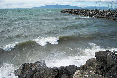 Photograph - Strong Winds At Zuanich Point by Tom Cochran