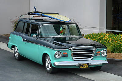 Photograph - Stude Surf Wagon by Bill Dutting