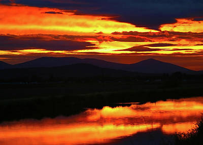 Photograph - Stukel Mtn And A-canal Sunset, Klamath Falls, Oregon by Robert Mutch