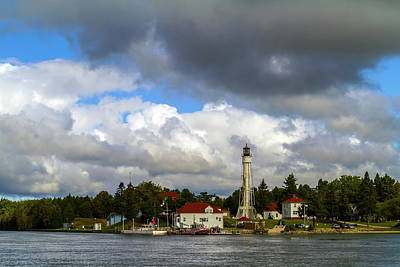 Photograph - Sturgeon Bay Canal Lighthouse by Chuck De La Rosa