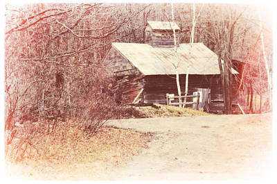 Photograph - Sugar House At Sugarbush Farm by Mike Martin