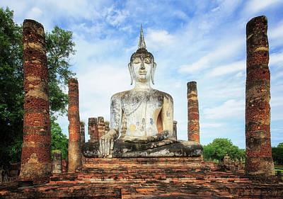 City Lanscape Photograph - Sukhothai Historical Park, Sukhothai Thailand by Anek Suwannaphoom