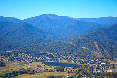 Photograph - Sullivans Lookout Displaying Mt Beauty by Joy Watson