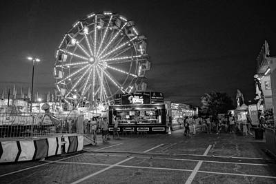 Photograph - Summer Carnival 1 by Rodney Lee Williams