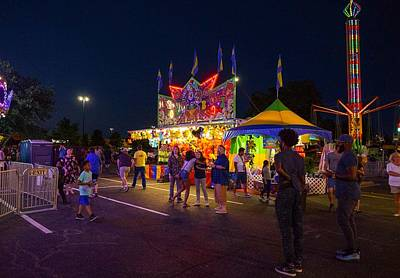 Photograph - Summer Carnival 2 by Rodney Lee Williams