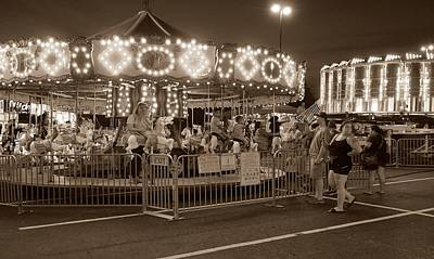 Photograph - Summer Carnival 4 by Rodney Lee Williams