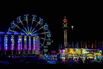 Photograph - Summer Carnival 8 by Rodney Lee Williams