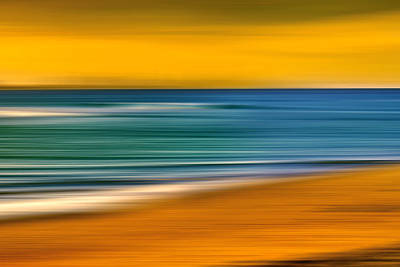Abstract Beach Landscape Photograph - Summer Dayz by Az Jackson