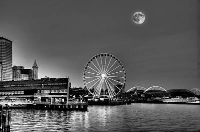 Summer Eve On The Seattle Waterfront Art Print