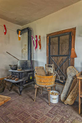 Photograph - Summer Kitchen Hermann Farm Mo Dsc2696_16 by Greg Kluempers
