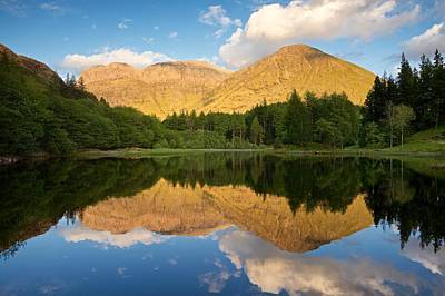 Photograph - Summer Light In Glencoe by Stephen Taylor