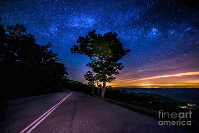 Photograph - Summer Milky Way by Robert Loe