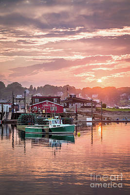 Maine Art Photograph - Summer Sunset Over Cook's Lobster by Benjamin Williamson