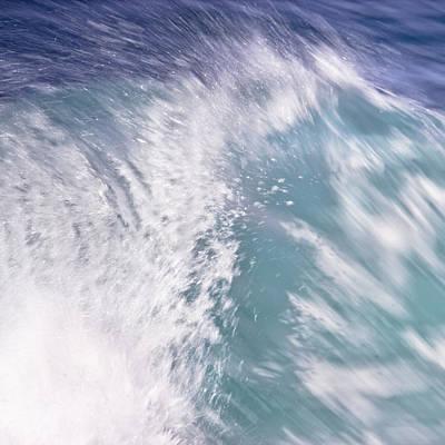 Photograph - Summer Wave by Edgar Laureano